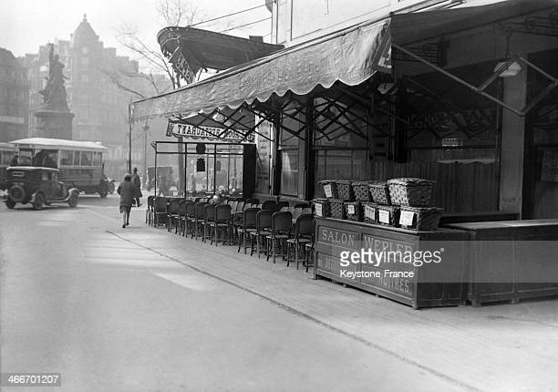 Brasserie Wepler with oyster stand near the Place de Clichy in March 1929 in Paris France