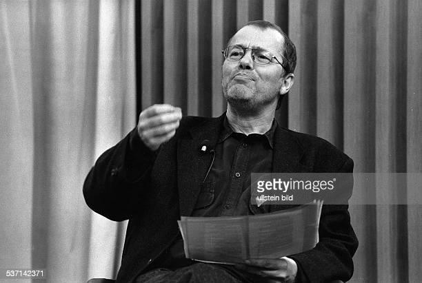Braun Volker * Schriftsteller Dramatiker D Halbportrait 1993