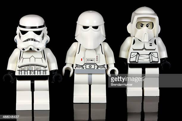 brave lego soldats - lego star wars photos et images de collection