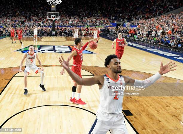 Braxton Key of the Virginia Cavaliers celebrates during overtime against the Texas Tech Red Raiders in the 2019 NCAA men's Final Four National...