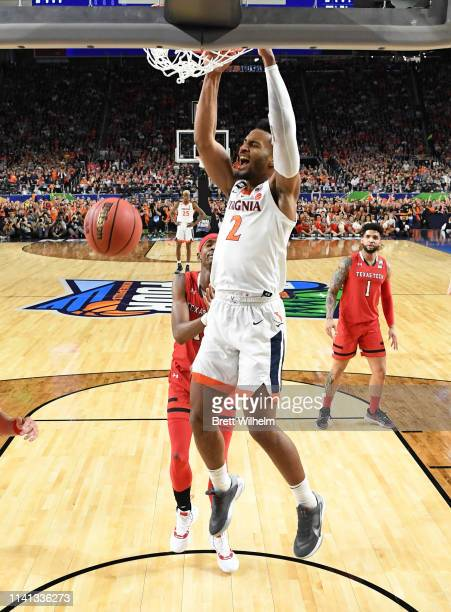 Braxton Key of the Virginia Cavaliers dunks during the first half in the 2019 NCAA men's Final Four National Championship game at US Bank Stadium on...