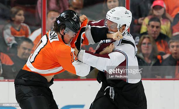 Brayden Schenn of the Philadelphia Flyers fights Jarome Iginla of the Colorado Avalanche in the second period on November 8 2014 at the Wells Fargo...