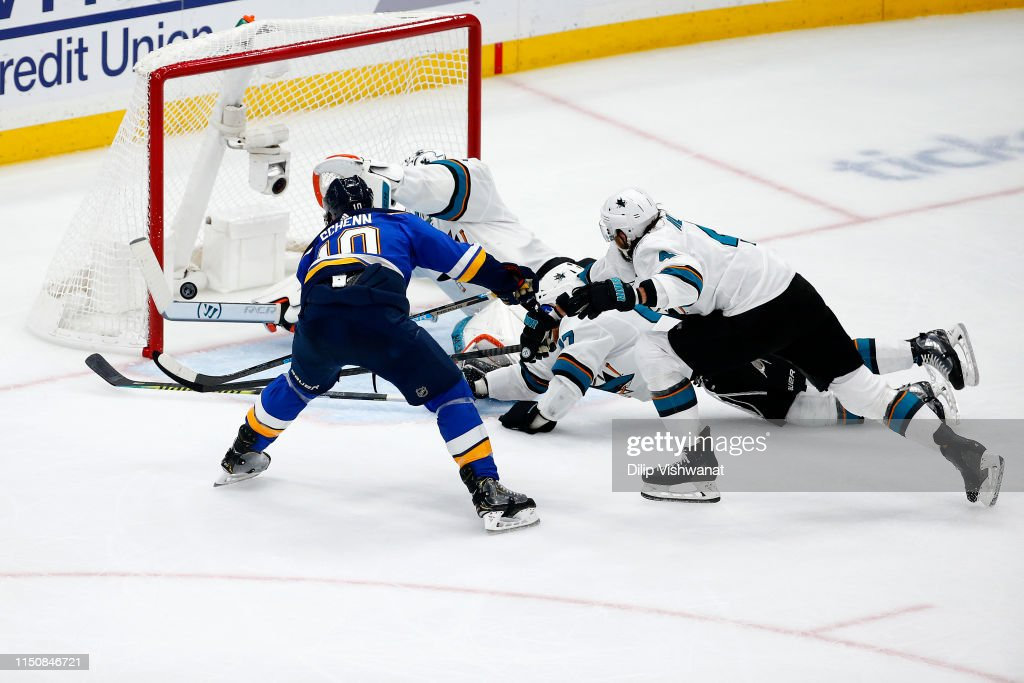 San Jose Sharks v St Louis Blues - Game Six : News Photo