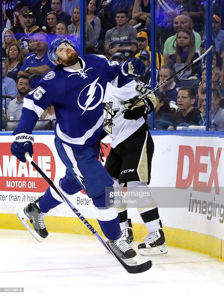 Pittsburgh Penguins v Tampa Bay Lightning - Game Three : News Photo