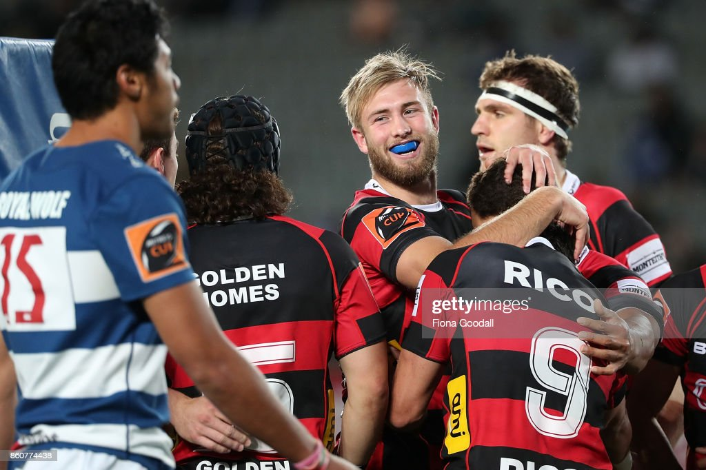 Braydon Ennor of Canterbury (C) scores a try during the round nine Mitre 10 Cup match between Auckland and Canterbury at Eden Park on October 13, 2017 in Auckland, New Zealand.