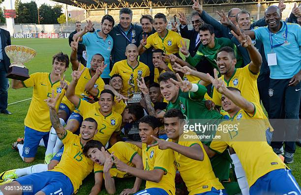Brazil celebrate their victory with the trophy during the Final of the Toulon Tournament between France and Brazil at the Parc des Sports Avignon on...