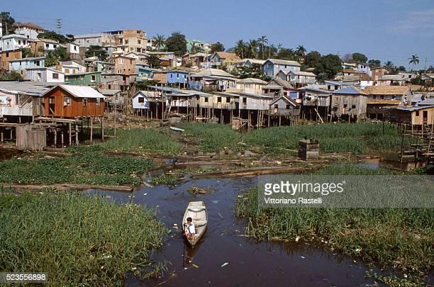 brazil contrasts - manaus - fotografias e filmes do acervo