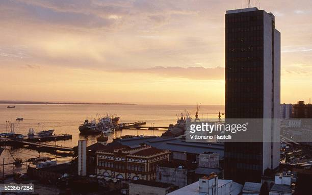 brazil contrasts - manaus stock pictures, royalty-free photos & images