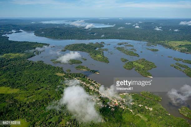 Brazil, Para, Itaituba, Amazon rainforest, Rio Tabajos, Fishing village Periquito and Islands