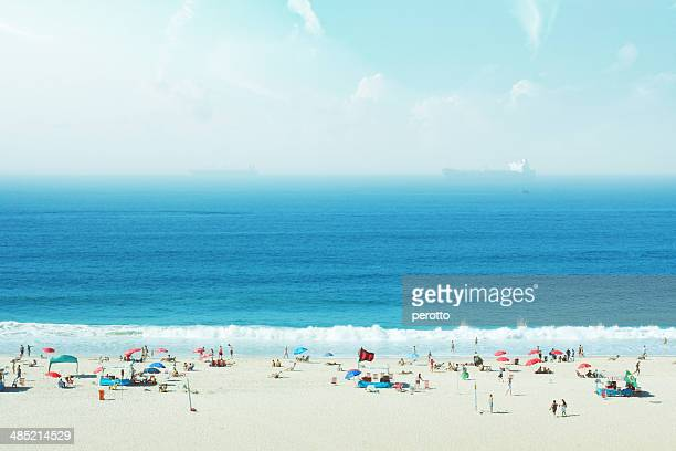 Brazil, Rio de Janeiro, Copacabana, People on beach