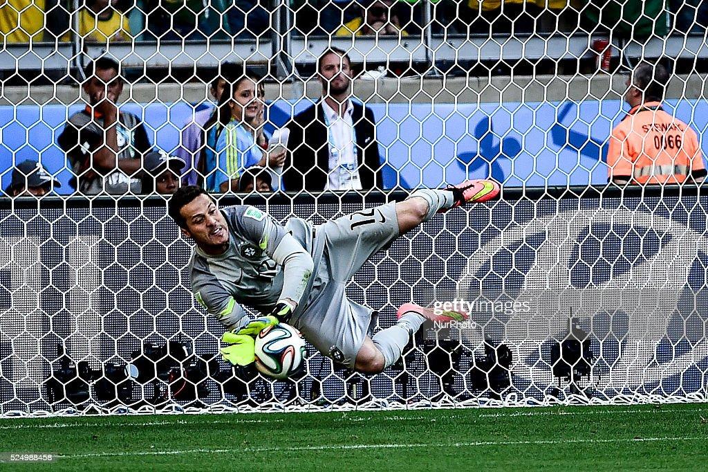 2014 FIFA World Cup: Brazil vs Chile : News Photo