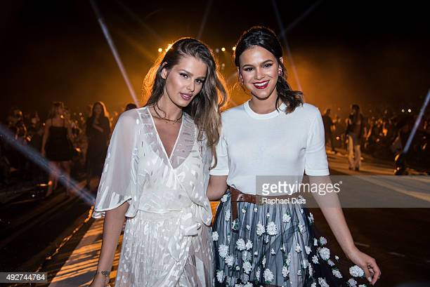 Brazilian actresses Yasmin Brunet and Bruna Marquezine attend ELLE Fashion Preview on October 14 2015 in Rio de Janeiro Brazil