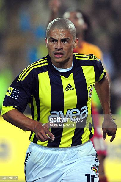 Brazilian Alexsandro De Souza of Fenerbahce takes part in a match at the Sukru Saracoglu stadium in Istanbul on October 25 2009 AFP PHOTO/MUSTAFA OZER
