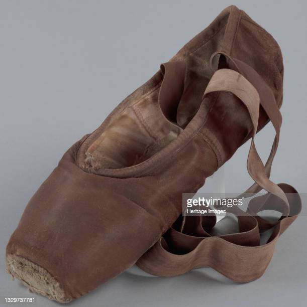 Brazilian ballet dancer Ingrid Silva performs with the Dance Theatre of Harlem in New York City. Skin tone pointe shoes for black, Asian and mixed...