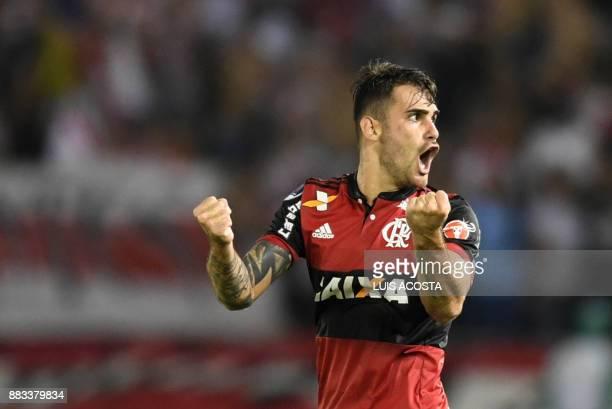 Brazilian Flamengo forward Felipe Vizeu celebrates his goal against Colombian Junior during their Copa Sudamericana semifinal second leg football...