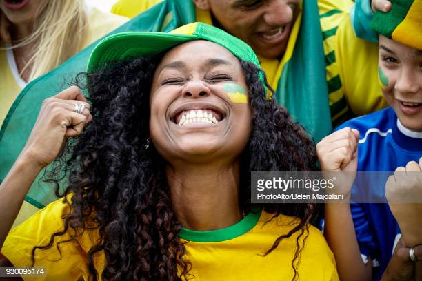 brazilian football fans cheering at match - argentina women stock pictures, royalty-free photos & images