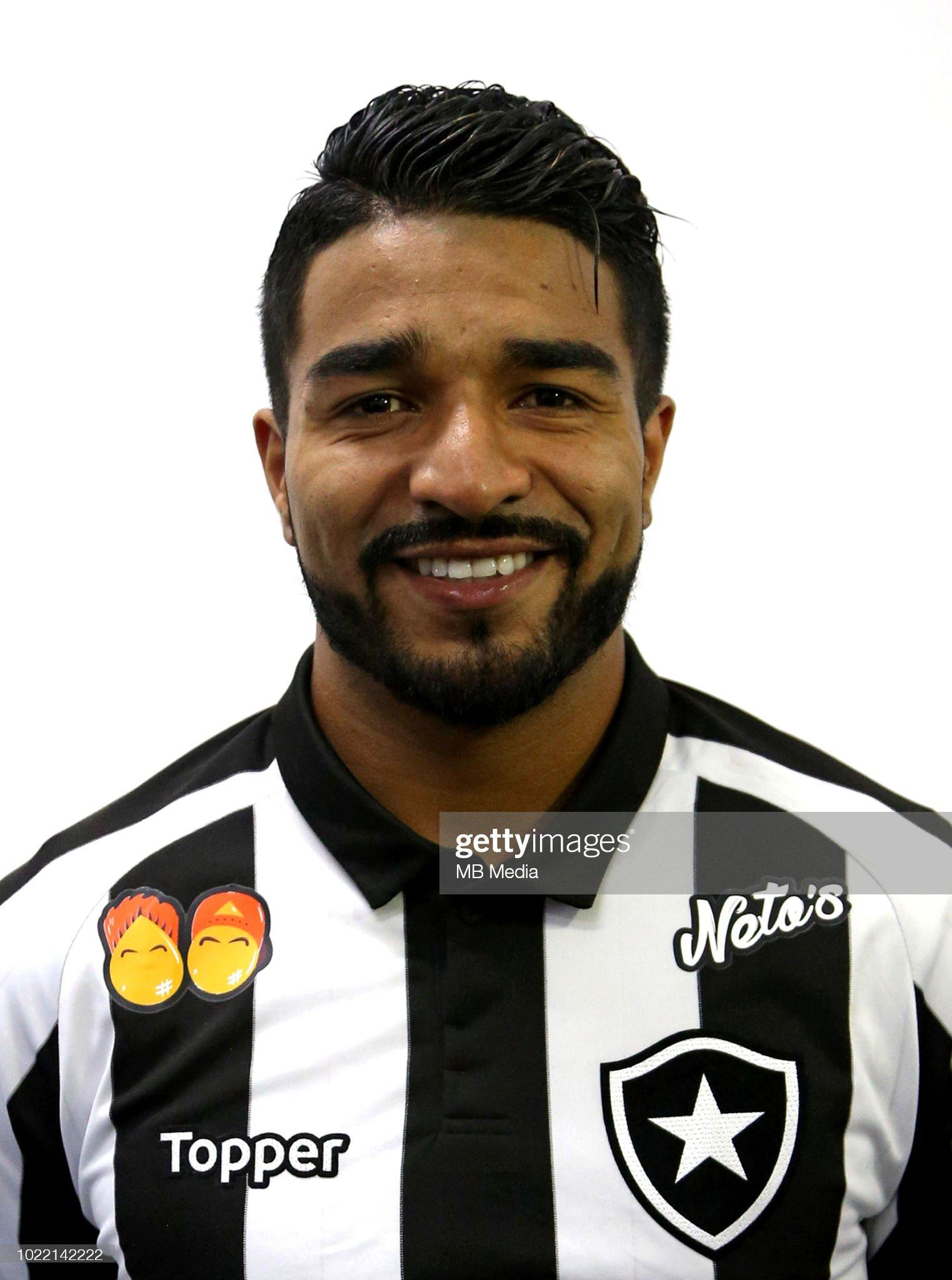 https://media.gettyimages.com/photos/brazilian-football-league-serie-a-2018-n-nrodrigo-sebastian-aguirre-picture-id1022142222?s=2048x2048