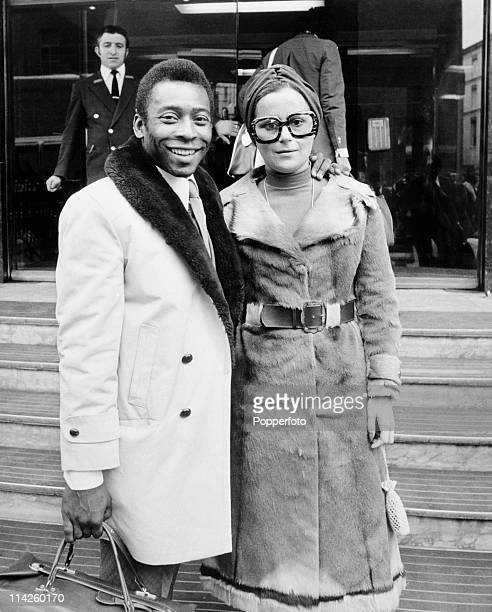 Brazilian footballer Pele and his wife Ris arrive in London on 10th March 1973 prior to a friendly between Fulham and Santos
