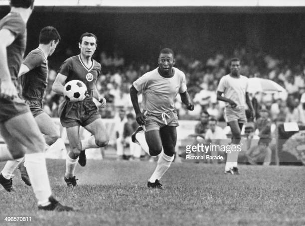 Brazilian footballer Pele playing against Bulgaria at the Morumbi Stadium in Sao Paulo 26th April 1970