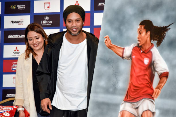 COL: Ronaldinho Exhibition Match Press Conference