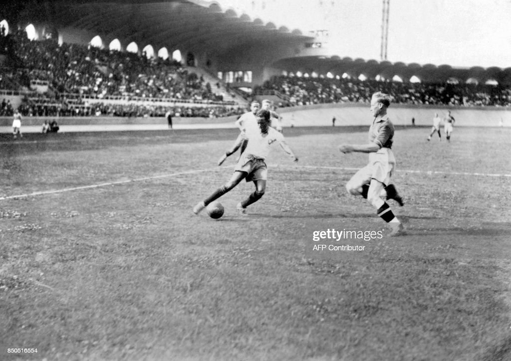 WORLD CUP-1938-BRA-SWE : News Photo