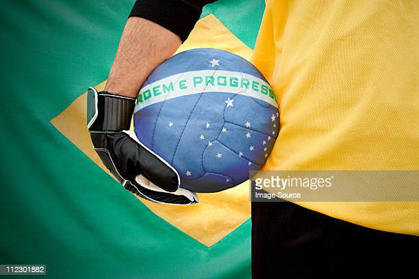 brazilian goalkeeper holding football - world cup - fotografias e filmes do acervo
