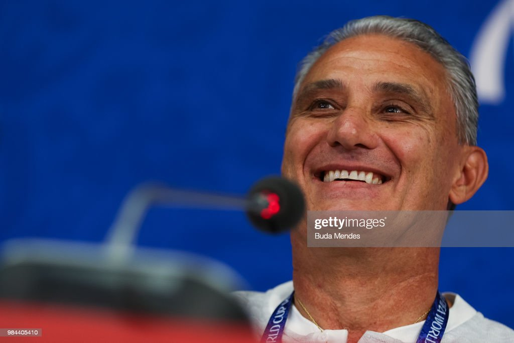 Brazil Training and Press Conference - FIFA World Cup Russia 2018 : Nyhetsfoto