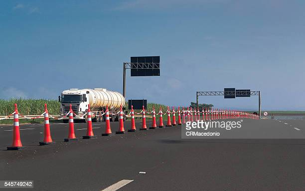 brazilian highways. - crmacedonio stock pictures, royalty-free photos & images