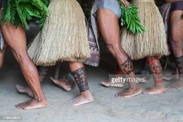 indígenas brasileiros da tribo dessana no rio negro, na floresta amazônica. - cultura indígena - fotografias e filmes do acervo
