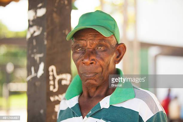 brazilian old man - one senior man only stock pictures, royalty-free photos & images