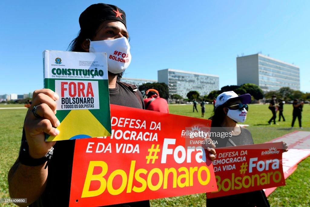 BRAZIL-HEALTH-VIRUS-OPPOSITION-DEMO : ニュース写真