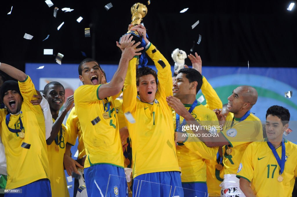 Brazilian players celebrate with the trophy after the Fifa Confederations Cup final football match United States vs Brazil on June 28, 2009 at the Ellis Park stadium in Johannesburg. Brazil won 3-2.
