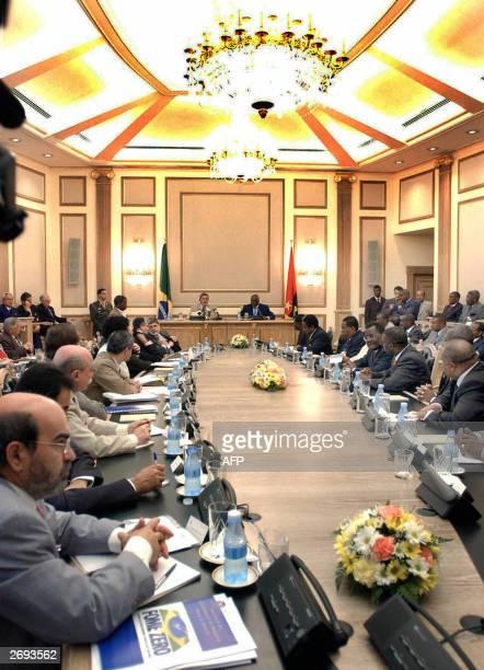 Brazilian President Luiz Inacio Lula da Silva and his Angola's counterpart Jose Eduardo dos Santos head a meeting with ministers of both countries 03...