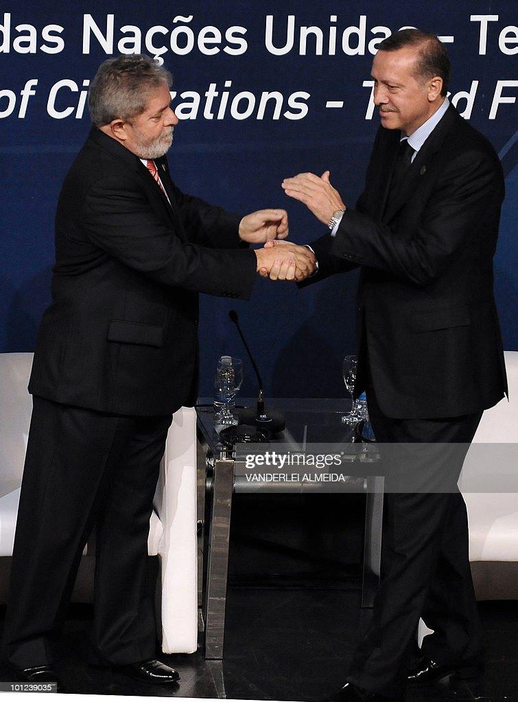 Brazilian President, Luiz Inacio Lula da Silva (L) shakes hands with Turkey's PM Recep Tayyio Erdogan during the opening session of the Alliance of Civilizations Third Forum in Rio de Janeiro, Brazil 28 May, 2010.