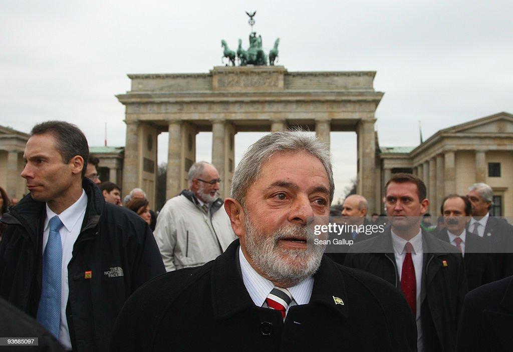Brazilian President Luiz Inacio Lula da Silva visits the Brandenburg Gate on December 3, 2009 in Berlin, Germany. Da Silva is on a three-day visit to Germany.