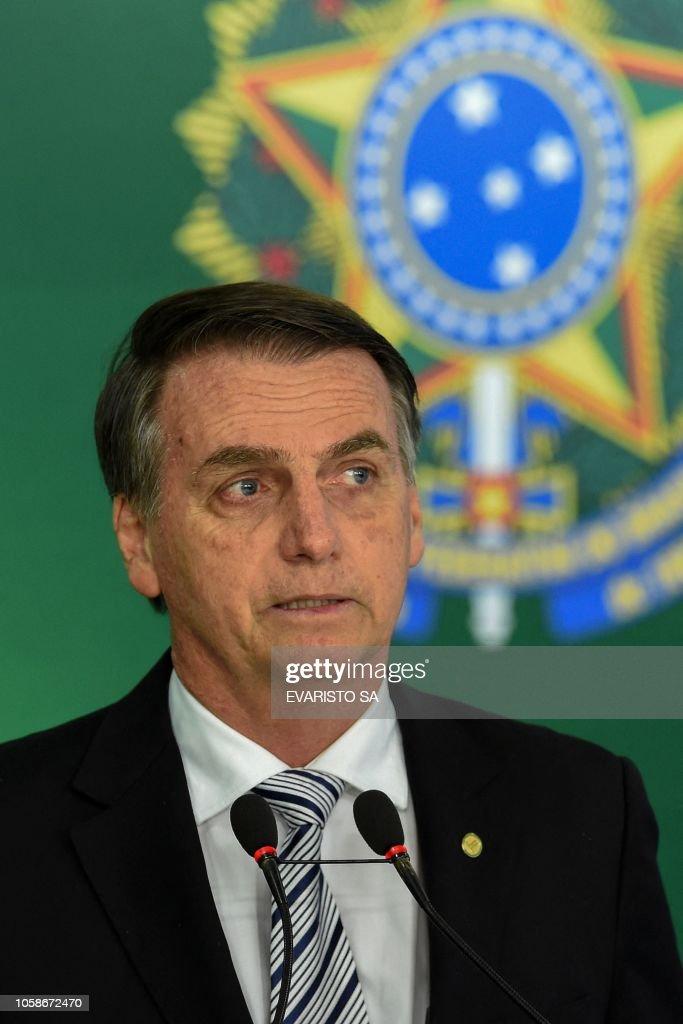 BRAZIL-POLITICS-TEMER-BOLSONARO : News Photo