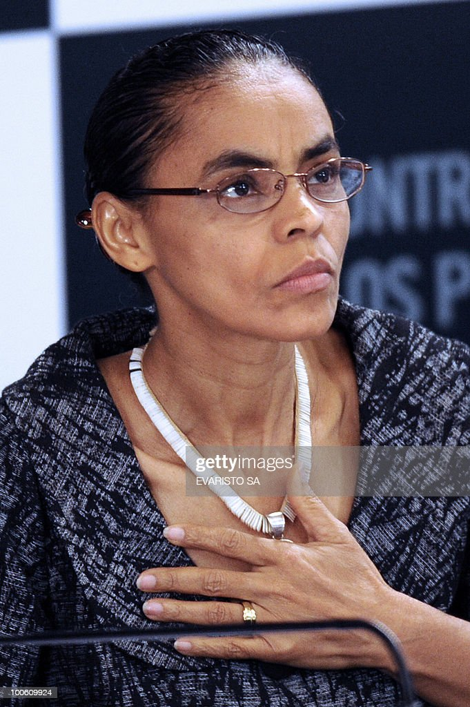 Brazilian Presidential candidate Marina Silva from Green Party (PV) during a debate with businessmen in Brasilia, on May 25, 2010. Brazil's presidential election will be held October 3, with a run-off between the top two candidates on October 31 if one does not get more than half of the vote. AFP PHOTO/Evaristo SA