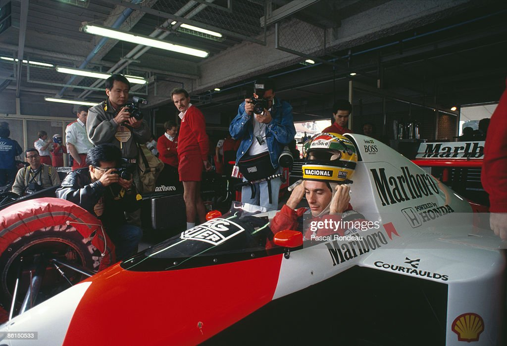 Senna In The Pit : News Photo