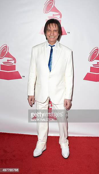 Brazilian singer and composer Roberto Carlos arrives for the 2015 Latin Recording Academy Person of the Year gala in his honor on November 18 in Las...