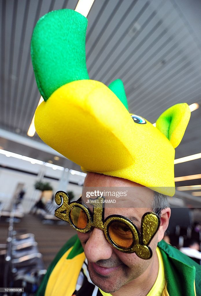 Brazilian soccer fan Robert Fernandes waits for a flight to Johannesburg, South Africa, for the World Cup 2010, at the Dulles International airport in Sterling, Virginia, on June 6, 2010. AFP PHOTO/Jewel Samad