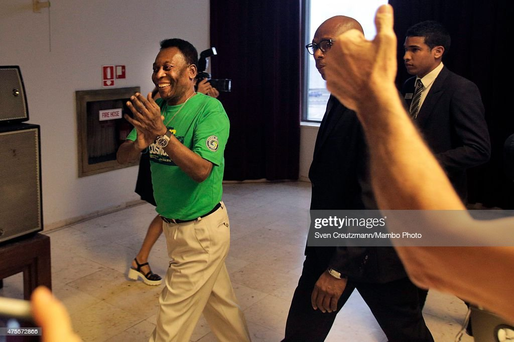 Brazilian soccer legend Pele departs after a press conference in the Melia Cohiba hotel, a day before a friendly soccer match between Cuba and New York Cosmos, on June 1, 2015 in Havana, Cuba. The Cosmos will play against Cuba on June 2, 2015 and is the first professional sports team to visit Cuba since 1999, when the Baltimore Orioles played in Cuba.