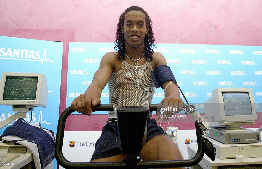 Brazilian soccer player Ronaldinho under : News Photo