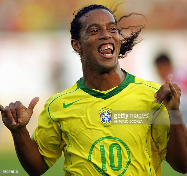 Brazilian soccer stricker Ronaldinho Gaucho celebrates his second goal against paraguay 05 June 2005 on their Germany 2006 FIFA World Cup South...