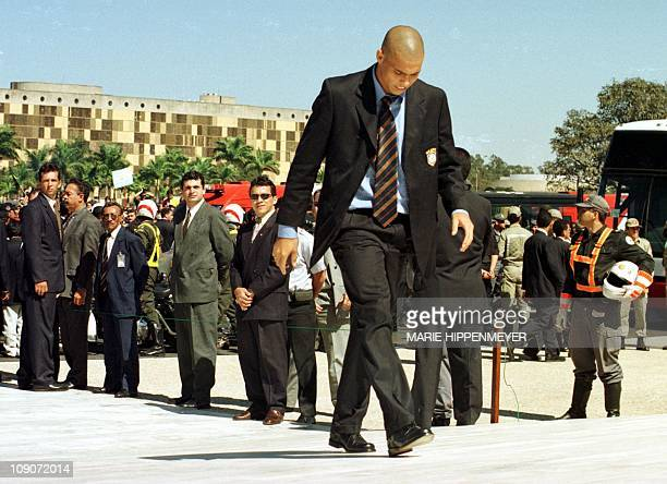 Brazilian soccer superstar Ronaldo arrives at the Planalto government palace in Brasilia 14 July for the reception given by Brazilian President...