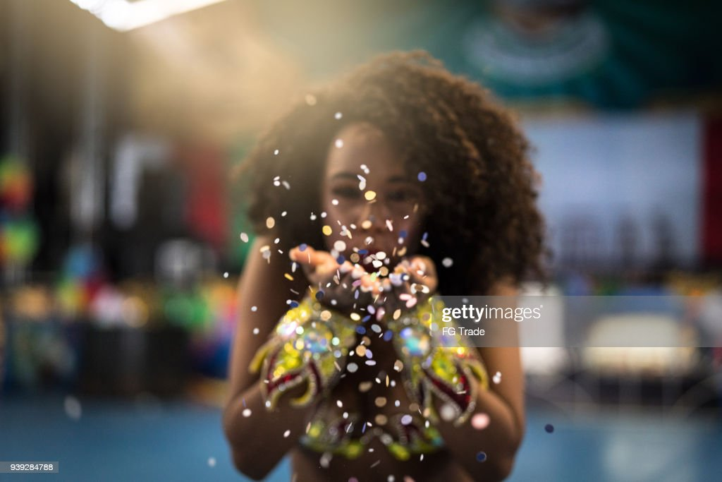 Brazilian woman celebrating the carnival : Stock Photo