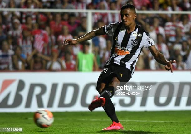 Brazils Atletico Mineiro Allan kicks to miss a penalty during a Copa Sudamericana football match against Argentinas Union at15 de Abrilstadium in...