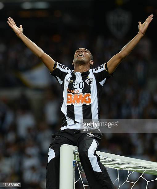 Brazil's Atletico Mineiro footballer Richarlyson celebrates after his team defeated Paraguay's Olimpia 43 on penalties in their Libertadores Cup...