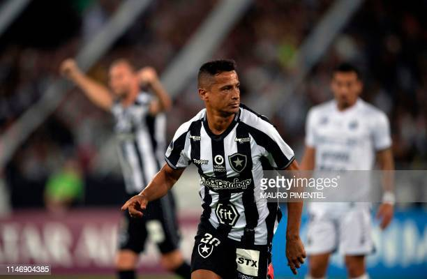 Brazil's Botafogo player Cicero celebrates with teammates after scoring aginst Paraguay's Sol de America during their Copa Sudamericana 2019 football...