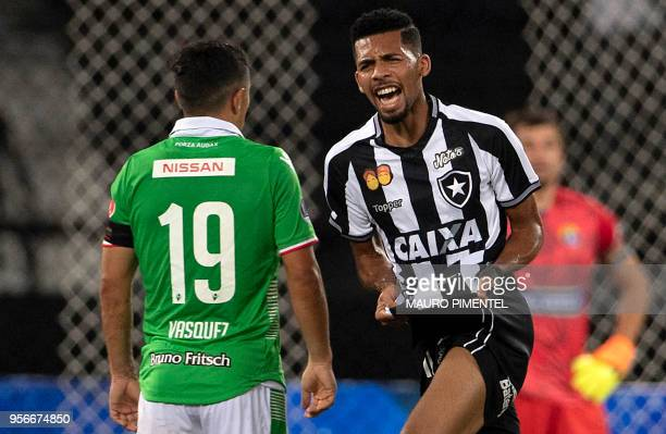 Brazil's Botafogo player Matheus Fernandes celebrates after scoring a goal during a Copa Sudamericana 2018 football match against Chile's Audax...