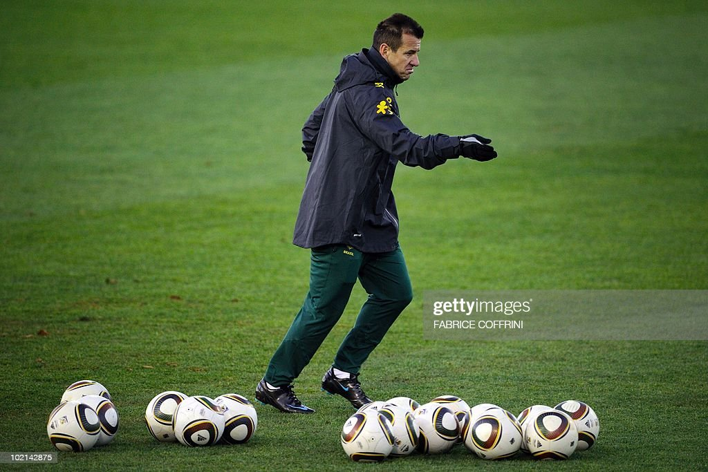 Brazil's coach Dunga gestures during a practice session at the Randburg Hight School on June 16, 2010 in Johannesburg during the FIFA 2010 World Cup football tournament in South Africa.